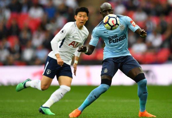 Newcastle fans react to Diame display v Tottenham