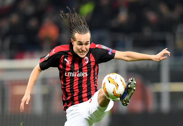 Laxalt told he can leave