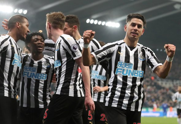 Newcastle fans react as Perez edges towards Leicester switch