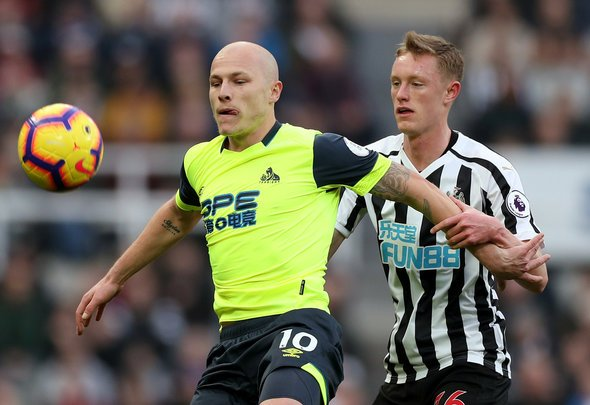 Newcastle should sign Mooy
