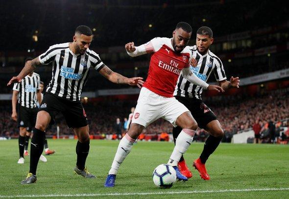 Newcastle fans slaughter Lascelles display v Arsenal