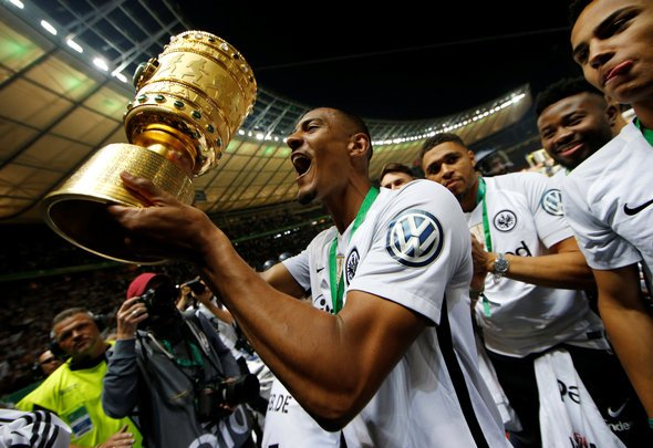Newcastle may lose Haller to Man United