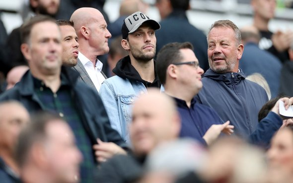 Image for Allardyce warns Bruce about Carroll