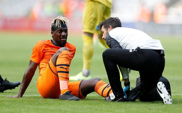 Image for Saint-Maximin responds to Arsenal fan