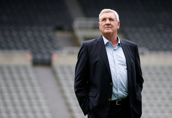 Newcastle bosses 'desperate' for Bruce to see out contract