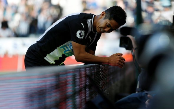 Image for Newcastle fans hammer Muto at HT v Leicester