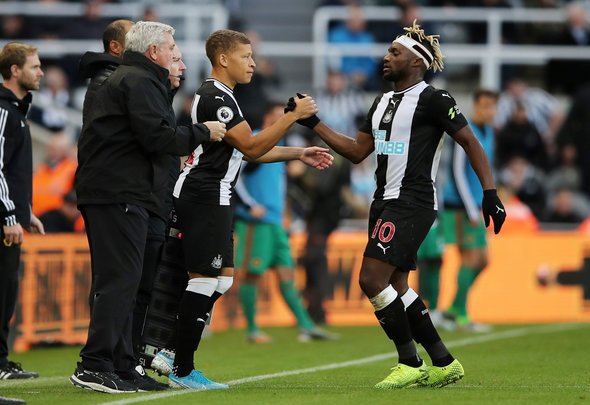 Newcastle will consider £15m for Gayle in January